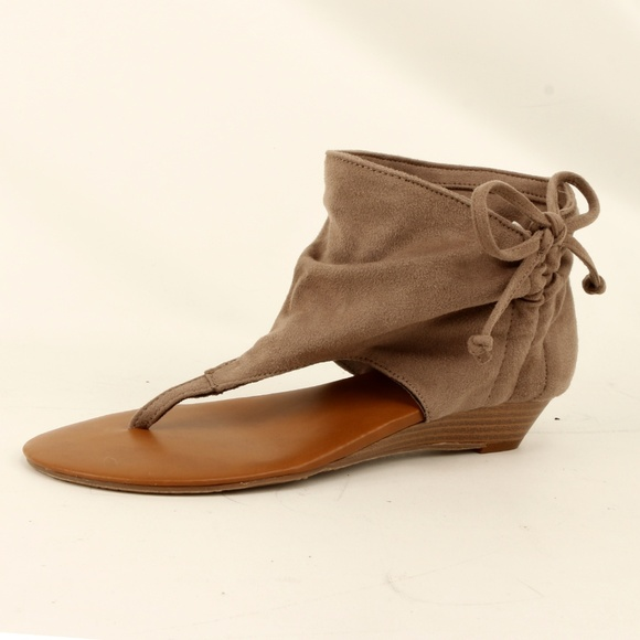 a92b953b29 Report Shoes | R2 Footwear Slouch Gladiator Su Sandal Daisy Taupe ...